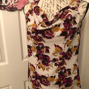 SLEEVELESS FLORAL BLOUSE SIZE XS